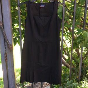 Ann Taylor black dress 8P